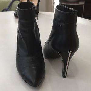 AUTHENTIC CHANEL ANKLE BOOTS SIZE 9